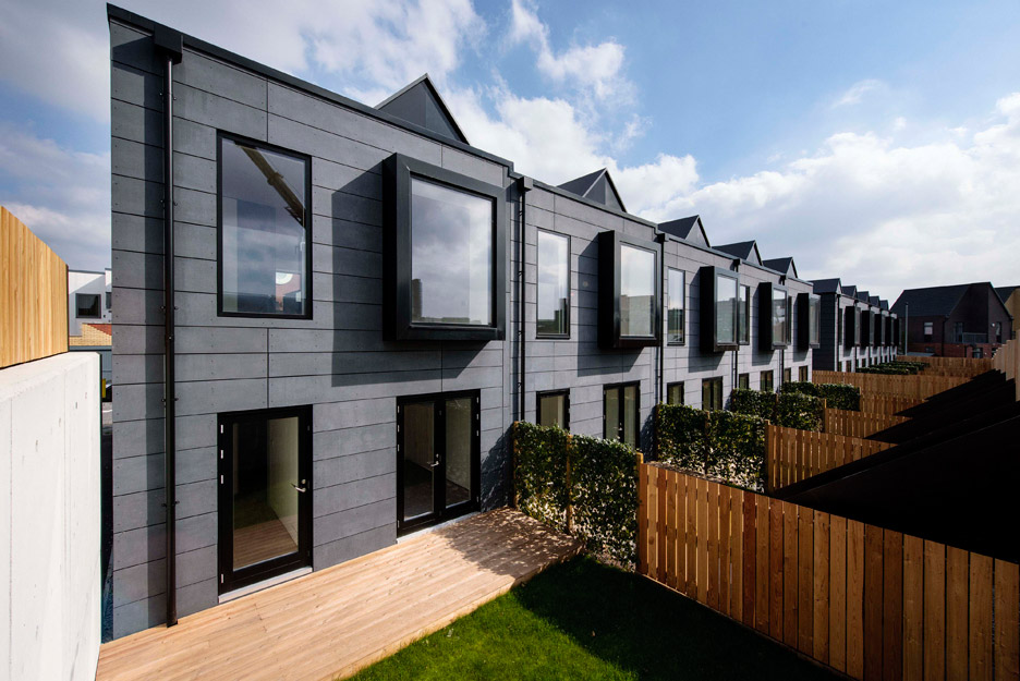 Why not build houses in factories tom bloxham talks for Modular homes with inlaw apartments